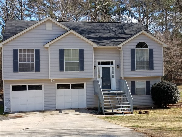 Investment property: Ellenwood, GA 30294